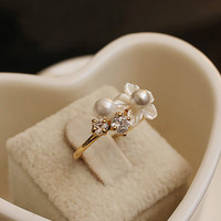Seashell Flower and Pearl Pinkie Ring
