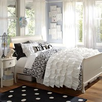 Rufflicious Quilt + Sham