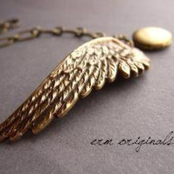LOCKET LOVE  Wing and Locket Bracelet  FREE by ERMoriginals