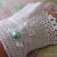 Crochet bracelet cuff romantic vicorian by GrannyHannasCottage