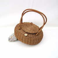 Wicker Sewing Basket,  Lidded Basket,  Brown / Round / Straw