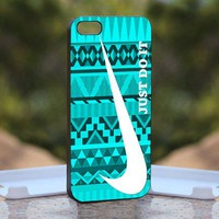 Nike Just Do It Mint Design Print on Hard Cover iPhone 5 Black Case
