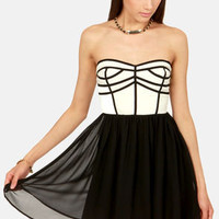 Chic Squad Black and Ivory Strapless Dress