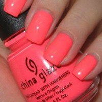 China Glaze Nail Laquer with Hardeners Flip Flop Fantasy (Quantity of 4)