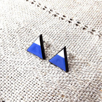 triangle jewelry, triangle ear studs, blue and white triangle stud earrings, mint jewellery, geometric jewelry, small studs