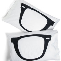 Shuteye to Eye Pillowcase Set