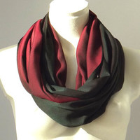 Infinity Scarf  Dark Green & Wine Red - Winter Spring Fashion - Reversible Loop Circle Scarf