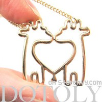 Simple Giraffe Heart Love Animal Charm Outline Necklace in Gold