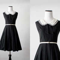 1950's dress - peter pan collar bow 50s dress