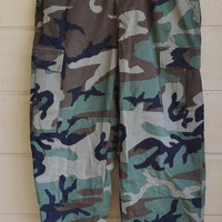 ON SALE Vintage Military Camo Pants Army Camo Pants X Small Regular Size