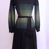 Vintage 40s Graduated Ombrey Vertical Op Art Stripes Hourglass Wool Dress M