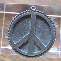 1970 Peace sign, vintage medallion pendant, collectible wearable gifts