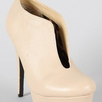 Sansa Round Toe Key Hole Bootie