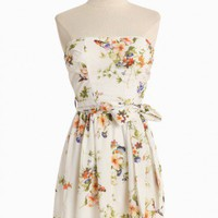 Pretty As A Picture Floral Dress | Modern Vintage Spring Florals