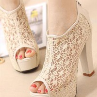 Moffy Lace Shoes from sniksa