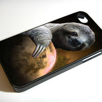 DOLLA DOLLA BILL SLOTH ON THE WORLD - iPhone 4 Case, iPhone 4s Case and iPhone 5 case Hard Plastic Case FDL