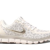 Nike Wmns Free 5.0 V4 Leopard - White Wolf Grey (511281-100):Amazon:Shoes