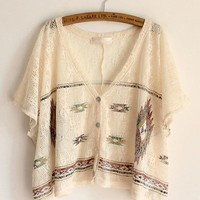 Sweet Exotic Print Bat Sleeve Cropped Shirt