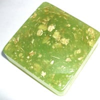 handmade olive oil and oatmeal soap - Chamomile scent - green