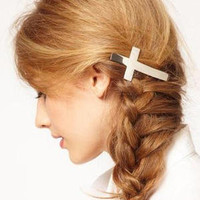 Cross Hair Clip from Blessed Princess