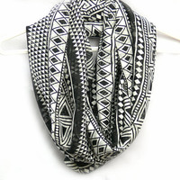 Black And White Infinity Scarf. Circle scarf. Loop Scarf. Women Accessories
