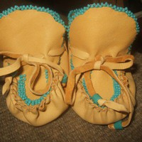 Handmade Beaded Baby Moccasins ORDER ONLY | Wooleycreek - Leather Craft on ArtFire