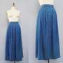 vintage blue CHAMBRAY midi skirt S M by secretlake on Etsy
