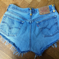 LEVIS Shorts studded hipster vintage destroyed by Schik on Etsy