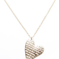 DJPremium.com - Women - Shop by Department - Jewelry - Corazon de Amor Pendant Neckalce