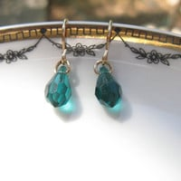 Emerald Swarovski crystal Gold Filled earring,gold filled  Swarovski Crystal Pendants earring