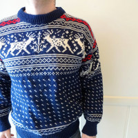 Vintage Reindeer Patterned Knit Sweater 1980s