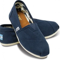 Navy Canvas Women&#x27;s Classics