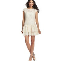 Petite Tiered Skirt Lace Dress