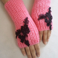 NEW, Trend,  Handmade Glove, gloves, women accessory, pink gloves whit black lace, lace gloves, summer trends