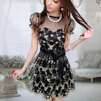 Black gold embroidery waist put on a large short-sleeved lace dress_Dinner dresses_Dresses_Mili fashion Trade Co.Ltd