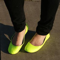 NEW: Neon Yellow Shoes / Pumps / Ballerina Flats / Ballet from jabberwocky