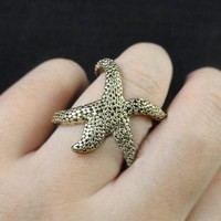 Beach Holiday Starfish Ring