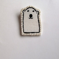 Polar bear brooch hand embroidered attached to card for Valentine&#x27;s Day kids jewelry