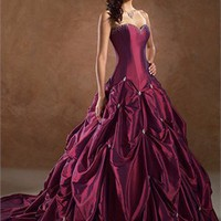 Rich Taffeta Sweetheart Neckline Cathedral Train Ball Gown Wedding Dress WD0374