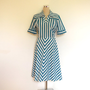 Chevron stripe vintage dress / Shirt dress / Day dress / Short sleeved summer dress / Blue and white stripe cotton dress / 70&#x27;s dress.