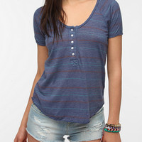 Truly Madly Deeply Rolled-Cuff Printed V-Neck Tee