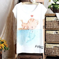 Cute Kiss Cartoon Cat Printing Loose T-shirt