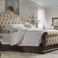 Magnus Queen Tufted Bed