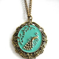 Amazon.com: Vintage jewelry peacock long necklace bronze tone UK seller retro kitsch: Jewelry