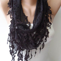 Mother&#x27;s Day - Lace Scarf in Black with Trim Edge