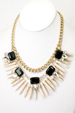 The Rendezvous Statement Necklace - Ivory + Black -  $29.00 | Daily Chic Accessories | International Shipping