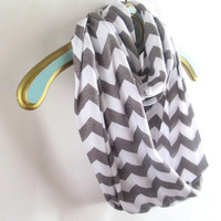 Infinity Chevron Gray on white scarf