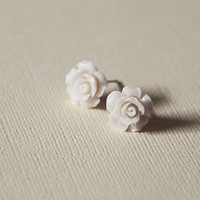 Petite Ivory White Roses Ear Studs Snow by myhandmadecrafts