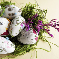 12  Egg Seed Bomb Balls Organic   or Eco Wedding Favors Gardening