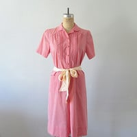 50s 60s day dress . vintage coral polka dot shirtdress . 1950s 1960s shirt dress